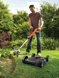 Black and Decker - 28cm 18V Lithiumion 3IN1 Strimmer Grass Trimmer - STC1820CM