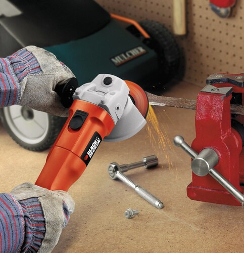 Black and Decker - 412 in Small Angle Grinder - 7750