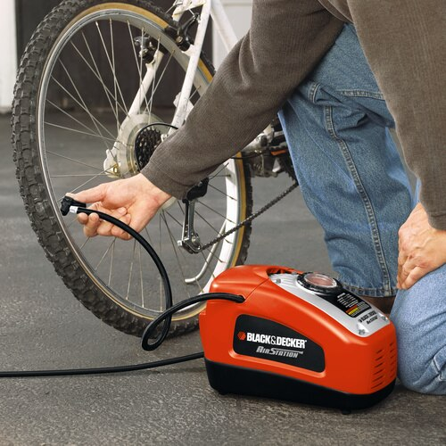 Black and Decker - High Performance Inflator - ASI300