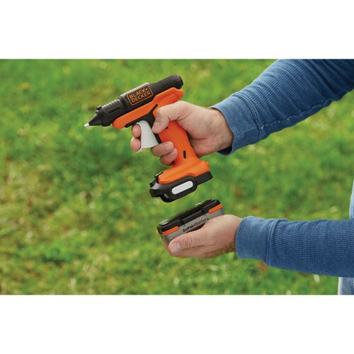 Black and Decker - GoPak Cordless Glue Gun - BCCR101C1