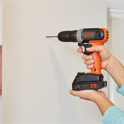 Black And Decker - 20V MAX Cordless DrillDriver - BCD702C1