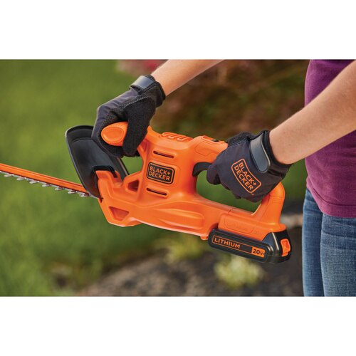 Black and Decker - 20V MAX 18 in Cordless Hedge Trimmer - LHT218C1