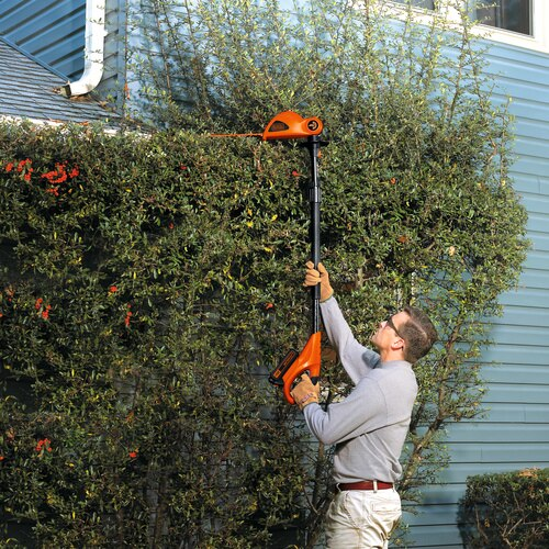 Black and Decker - 20V MAX Lithium Pole Hedge Trimmer - LPHT120