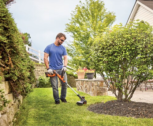 Black And Decker - 40V MAX Lithium String Trimmer - LST140C