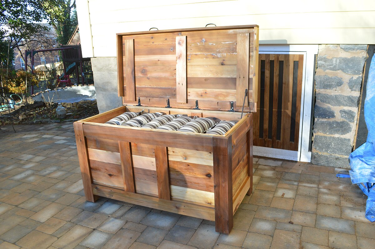 DIY Outdoor Storage Box BLACKDECKER